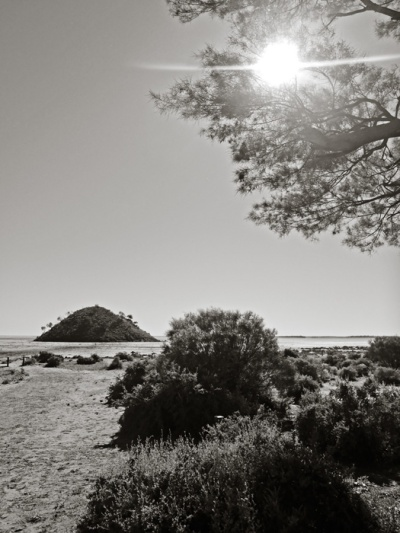 Lake Ballard, Menzies